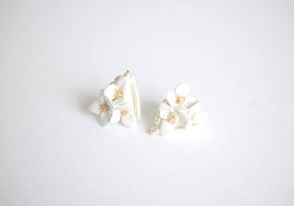 天草陶花と淡水パールの耳飾り