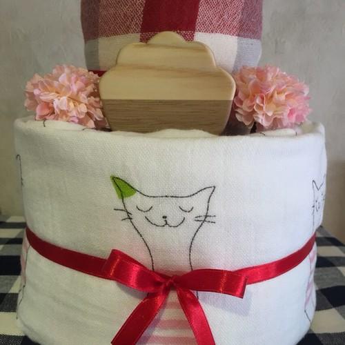 シンプルなオムツケーキ