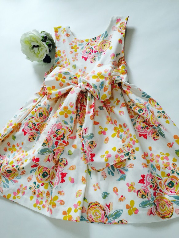 c51f7959fe984 トロピカルな花柄ワンピース ベビー (80.90サイズ) 子供服 petit pied ...