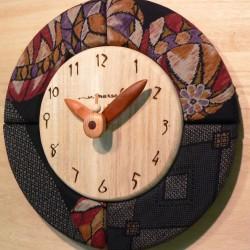 壁掛け時計(左手より) ・ ブラックウォールナット丸時計 28cm ・ クルミ丸時計 28cm