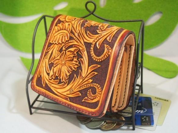 b3bdf07d8490 二つ折り革財布「C」ボタニカルカービング 財布・二つ折り財布 オッカン. ハンドメイド通販・販売 Creema ...
