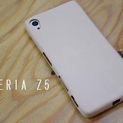 09cdd879c5 1枚の革でできたスマホカバー XperiaZ5 iPhoneケース・カバー AQULIA ...