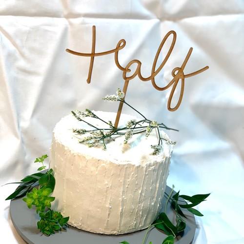 ハーフ バースデー ケーキトッパー 誕生日 雑貨 その他 Kit1000intheroom 通販 Creema クリーマ ハンドメイド 手作り クラフト作品の販売サイト