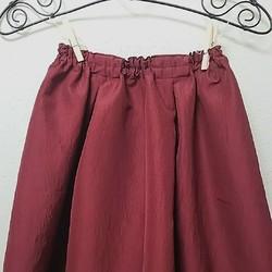 577c9996672c03 ワインレッドのリボン付きタックギャザースカートパーティー、結婚式にも! リボン取外し着回し出来ます。