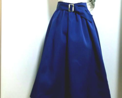 b207d2f9efeaf7 おおきなリボン付きギャザースカート シルク混紡の形状記憶素材 スカート ...