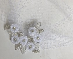 f65717430a0d4 アンティークビジューが輝くマーガレットのヘッドドレス 結婚式 前撮り ...