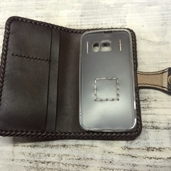 e5664660d0 オーダー作品 毛皮のレザースマホケース iPhoneケース・カバー ニシビ 通販|Creema(クリーマ) ハンドメイド・手作り・クラフト作品 の販売サイト