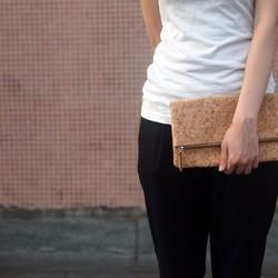 69847cff8ad8 クラッチパック住宅コルクnaturaism. すばらしくきれいで使いやすいバッグ ...