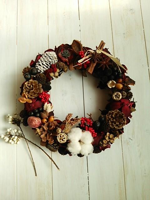 木の実沢山赤大人クリスマスリース フラワーリース ハッピーパステル