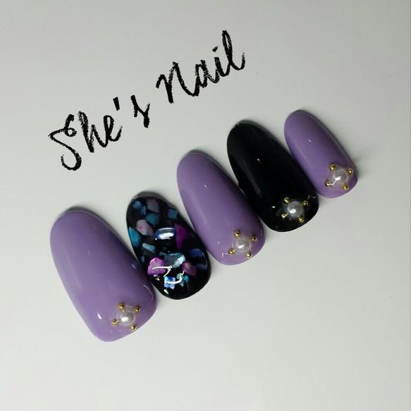 紫と黒のシェル埋め込みうるつやジェルネイルチップ No.90