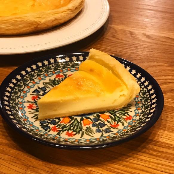 新作 カスタードチーズケーキ 北海道クリームチーズをたっぷり使用 16 ホールサイズ スイーツ お菓子 パン フレンチアップルパイ専門店 エコノム 通販 Creema クリーマ ハンドメイド 手作り クラフト作品の販売サイト