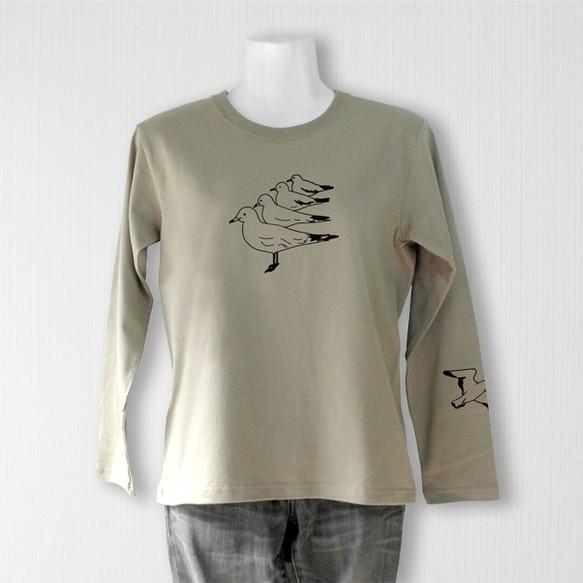 50d59be95c2c41 佇むカモメ長袖Tシャツ 薄カーキ(メンズ/ユニセックス) Tシャツ ...