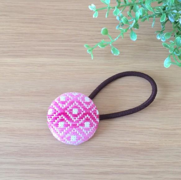 ヘアゴムイラストこぎん刺し刺繍ピンクグラデーション石畳 ヘア