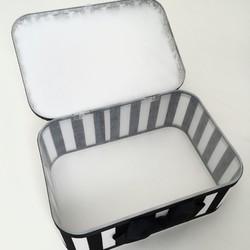 ダマスク柄ホワイト×ストライプ蓋付き収納ボックス その他ケース Blanc et noir ハンドメイド通販・販売のCreema