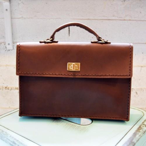キノコ詩人革手作り─ブリーフケース。 (ハンドバッグ、トートバッグ、仕事、モバイル、オフィスパッケージ)
