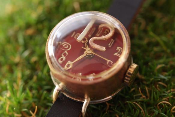 best sneakers c156c 4e7b2 メタルナンバー フローティング ミニ 12 赤 Kei-1 手作り 腕時計 真鍮