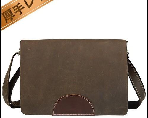 eab34e4e5609 本革牛革レザー メンズ ショルダーバッグ メッセンジャーバッグ A4 iPad対応 ブラウン色