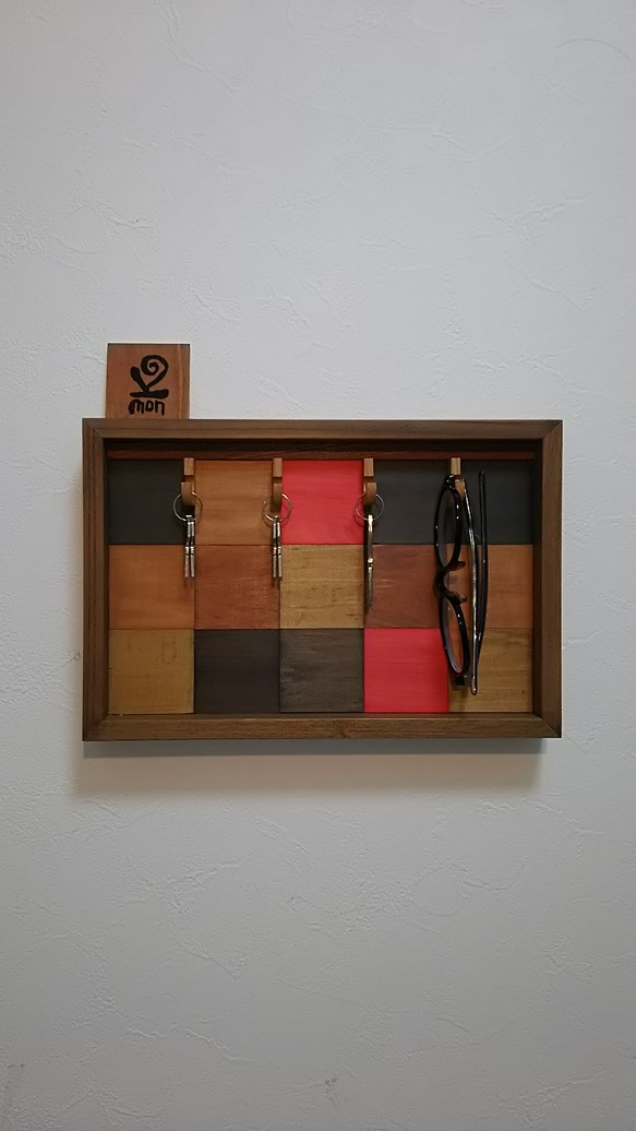 西海岸風 木製 モザイク 壁掛け収納ボックス(フック付き)