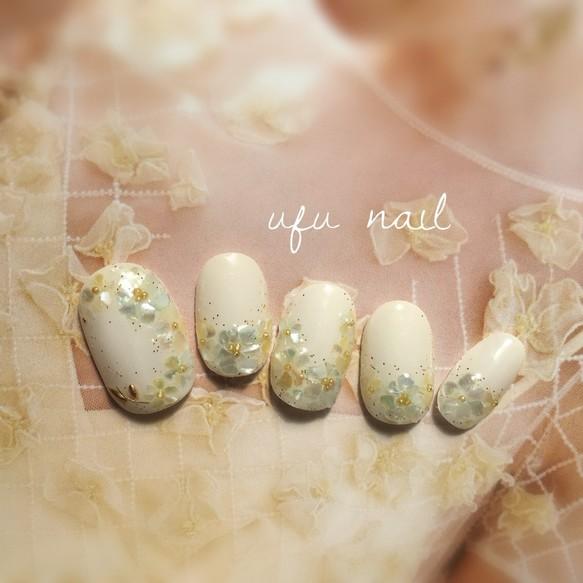 ソーダ&レモンスカッシュカラーのシェルフラワーネイル♡キラキラ/ホワイト/貝/ブライダル/結婚式 ネイルチップ ufu,nail\u203bプロフ必読お願い中!