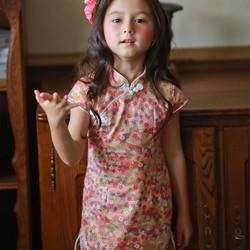 6a5c4afa4aa8f 小さな赤い花チャイナドレス(2歳〜5歳) 子供服 Shining.Gifts 通販|Creema(クリーマ)  ハンドメイド・手作り・クラフト作品の販売サイト