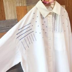 78a8dd998528b 刺繍 ゆったりシャツワンピース 白×青 ワンピース・チュニック うたたね‥  通販|Creema(クリーマ)  ハンドメイド・手作り・クラフト作品の販売サイト