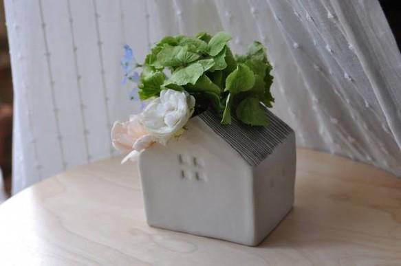 花の咲く家(花瓶) 一輪挿し・...
