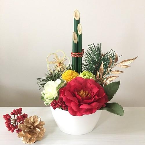写真 門松 門松(かどまつ)とは?正月飾りの門松はいつからいつまで飾る?造花門松のメリット