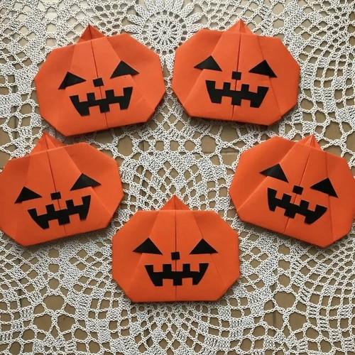 折り紙 ハロウィン かぼちゃ ハロウィンのかぼちゃの折り紙で簡単な折り方!ロウソクでランタン風