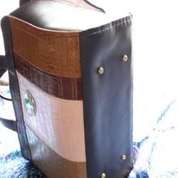 b9fd1742dbb0 本革製 カラフルなボストンバッグ(GreenOwl) ボストンバッグ CPR 通販|Creema(クリーマ)  ハンドメイド・手作り・クラフト作品の販売サイト