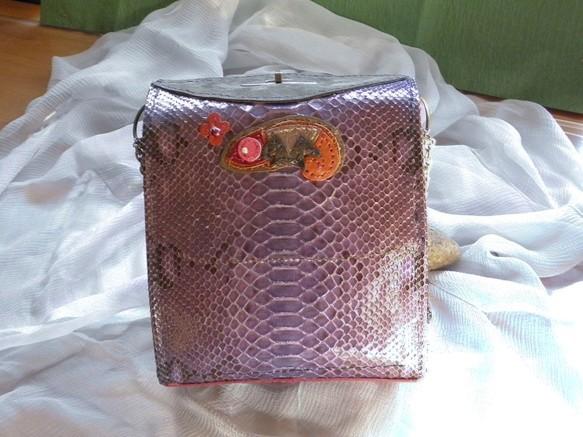 b0f62e76fb1d 本パイソン革のミニサッチェルバッグ ハンドバッグ CPR 通販|Creema ...
