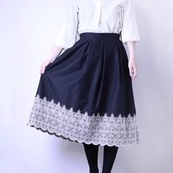 aa024b927fde2 スカラップレース刺繍スカート スカート Areu 通販|Creema(クリーマ) ハンドメイド・手作り・クラフト作品の販売サイト
