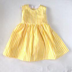 874df0033399f 黄色ストライプフレアーワンピース size90〜100 子供服 ちいさなおうち 通販|Creema(クリーマ) ハンドメイド・手作り・クラフト作品の 販売サイト