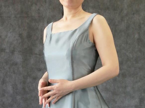 abe36031d9791 演奏会・発表会に   1番人気!オーガンジーのバックリボンフレアーロングドレス(グレー) 1-0071-9 ドレス ドレスワールド服創屋