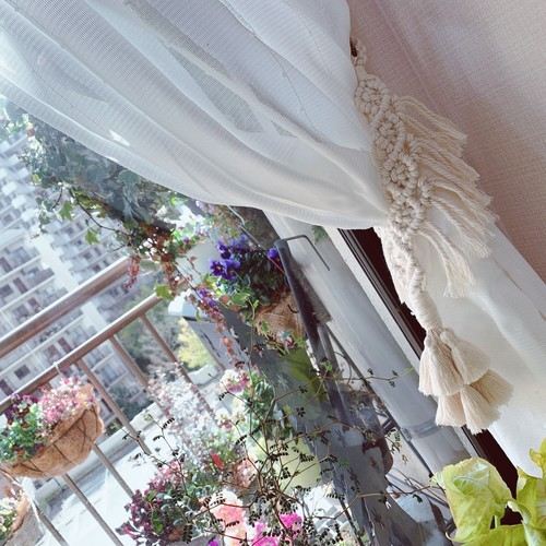 ☆受注製作☆ マクラメ編みカーテンタッセル