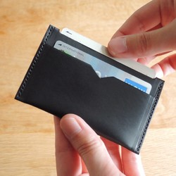 46765e2f1932 高級革〉イタリアンレザー使用のコンパクトなカードケース(ブラック ...