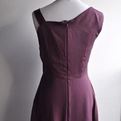 771ce1663f482 1点もの着物リメイク シルクワンピース 正絹 着物ドレス ミディ丈 ノースリーブ 紫 ワンショルダー プラム パープル