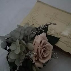 624f74dbbd2006 Mariさまオーダープリザーブドフラワー☆ヘーゼルナッツのバラのコサージュ