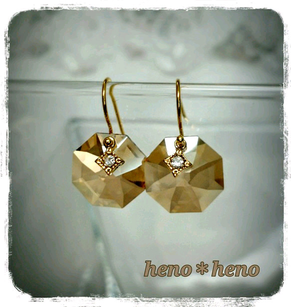 sinple swarovski light brown ピアス しやん 通販 creema