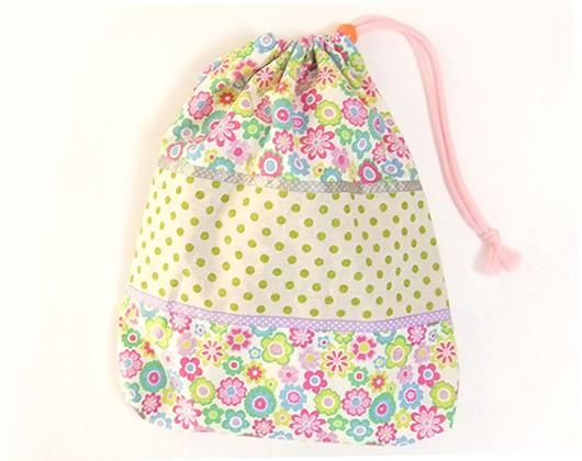 大きな巾着袋 体操袋・給食袋×かわいい白花柄
