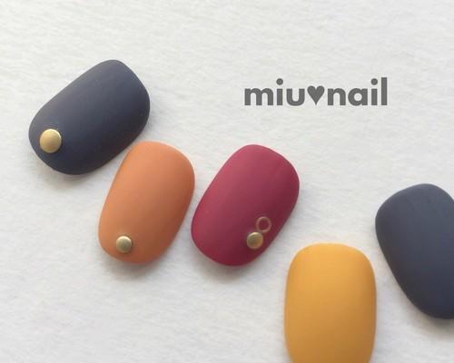 販*秋カラーのマットな配色ネイル|ネイルチップ|miu♡nail|ハンドメイド通販・販売のCreema