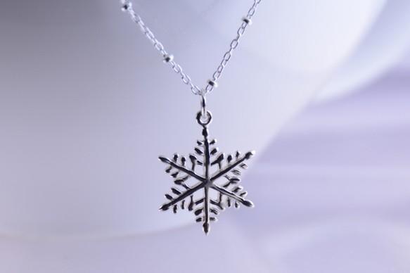 雪の結晶ネックレス、スノーフレークネックレス
