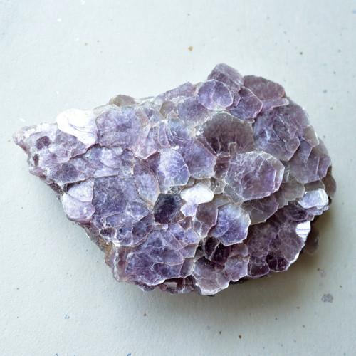 レピドライト リチア雲母結晶 マダガスカル産 159g/鉱物・結晶原石 ...