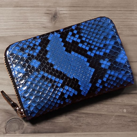 3f8de1b68732 クローナ ダイヤモンドパイソン カードケース ブルー KRONA-FB901-PYFCG-BL ヘビ革 名刺入れ・カードケース KRONA(クローナ)