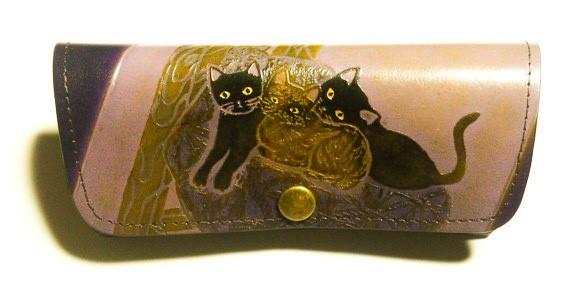 7ca4393b78dc 猫のデザイン バッグ 財布等 レザークラフト オール皮革 眼鏡ケース 椅子猫 catwalk oikawa