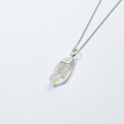 ヒマラヤ水晶のお守りアクセサリーdc028|ネックレス・ペンダント|京都ねむの木|ハンドメイド通販・販売のCreema