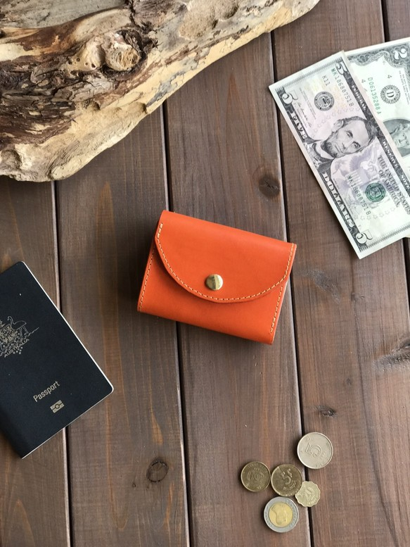 918e07ed260b イタリアンレザーを使ったオレンジ色の三つ折り財布 財布・二つ折り財布 ...