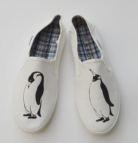 〔メンズ〕 ペンギンスリッポン ホワイト シューズ、靴、オリジナルデザイン