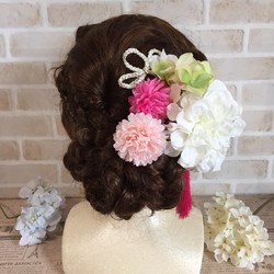 53684107209ad ダリアとマムの髪飾り〜結婚式、ブライダル、ウェディング、着物、和装、白無垢、色打掛、成人式、七五三、ヘッドドレス ヘッドドレス(ウェディング) creator  kanae ...
