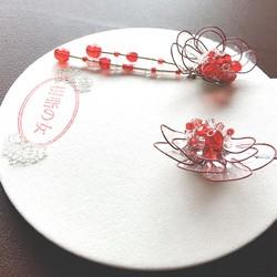 73386c051da568 艶めく花イヤリングorピアス 赤クリスタル イヤリング・ノンホールピアス 樹脂の女 通販|Creema(クリーマ)  ハンドメイド・手作り・クラフト作品の販売サイト