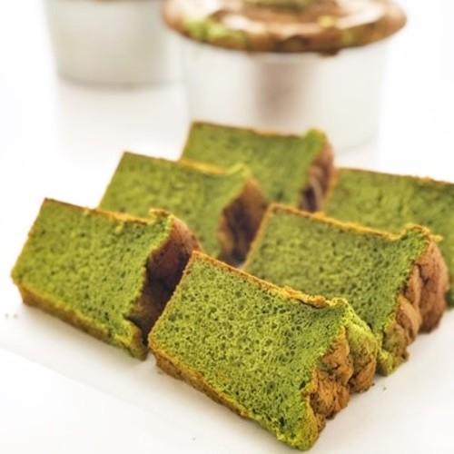 抹茶 の シフォン ケーキ